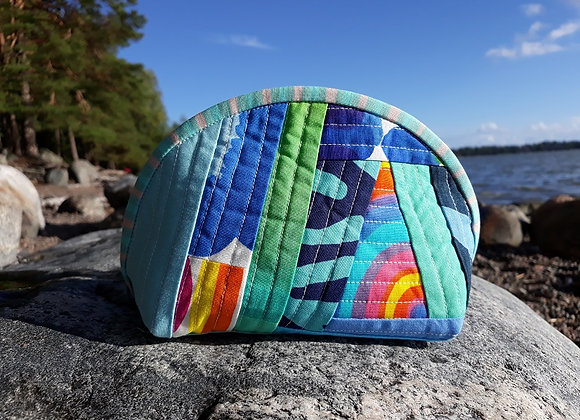 Quilted patchwork zipper pouch from Marimekko fabric in blue