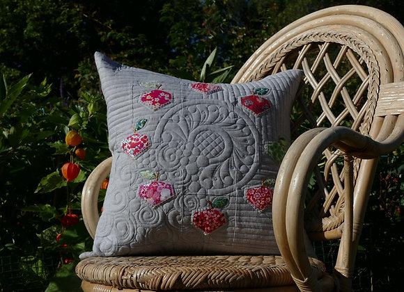 Apple Wreath Pillow pattern, A4 format