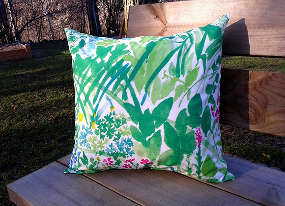 Green pillow cover from Marimekko fabric Kesäntö