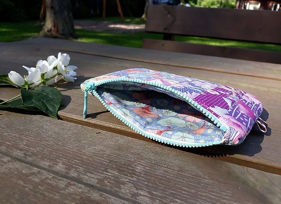 Patchwork zipper pouch from Tilda fabric