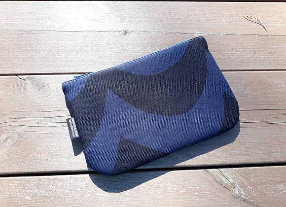 Zipper wallet from Marimekko fabric Kaivo