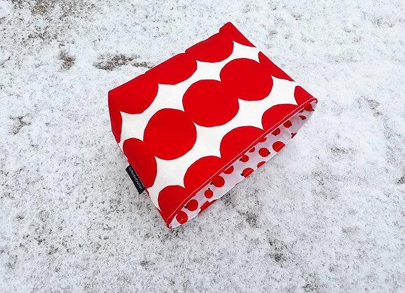 Red waterproof basket from Marimekko fabric Räsymatto