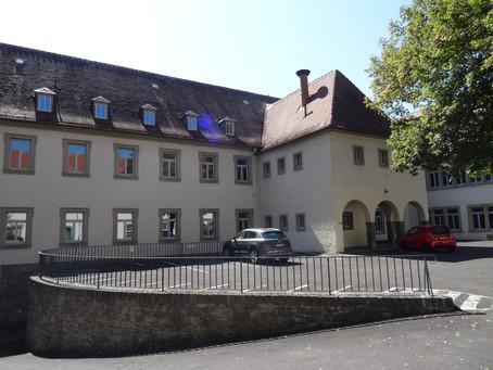 FRIEDRICH-BERNBECK-WIRTSCHAFTSSCHULE, KITZINGEN