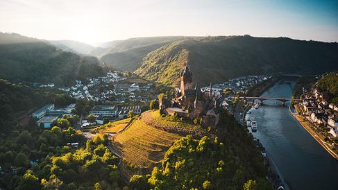 Natur   Geschichte  Kultur   Weinbau