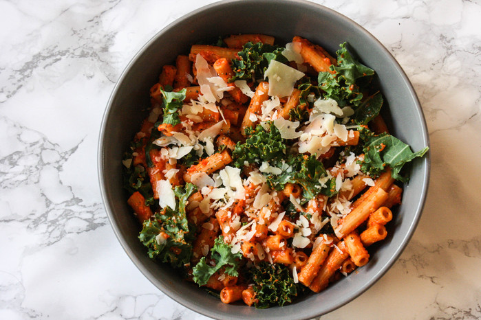 Chickpea Pasta with Kale and Creamy Red Pepper Sauce