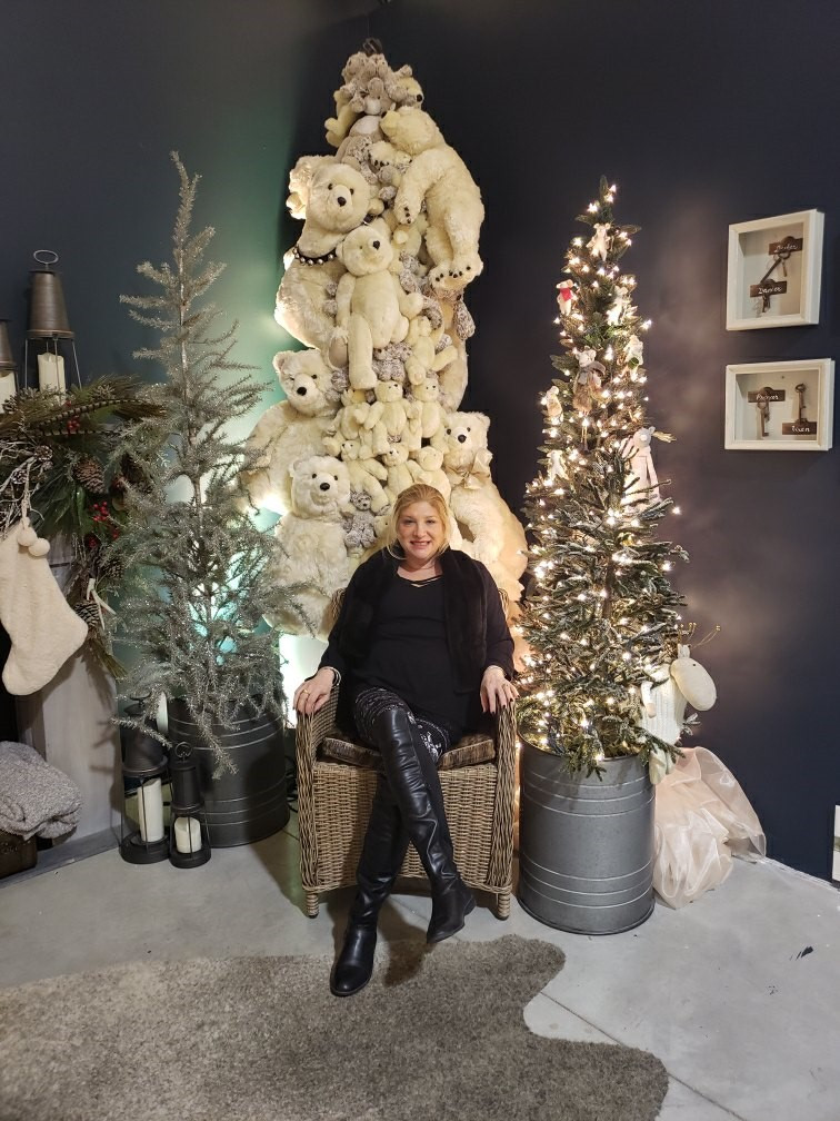 Christmas at Yorkdale Mall.jpg