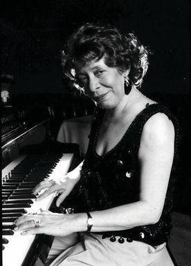Shirley Horn - Vocalist