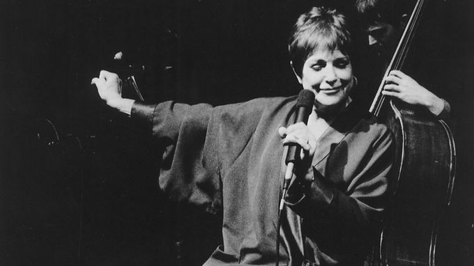 Annie Ross - Vocalist