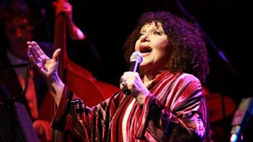Cleo Laine - Vocalist