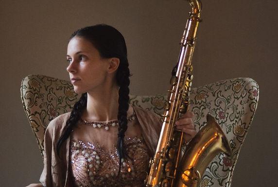 Maria Grand - Saxophone