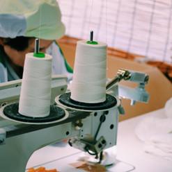 縫製工場にて