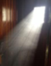 dust-1523106_1920-crop-u137814.jpg