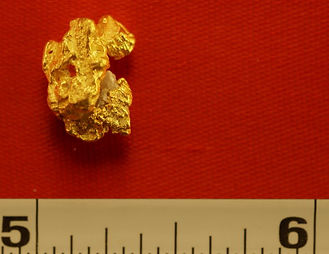 Natural Gold Nugget gnm137