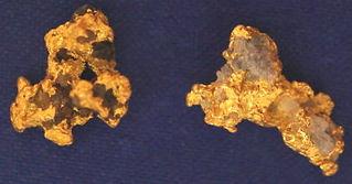 Natural Gold and Quartz Specimen gnmda511