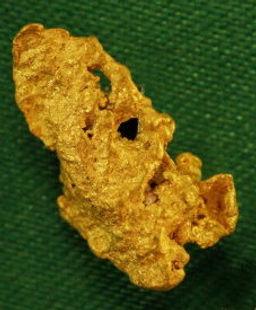 Medium Gold Nugget gnm136