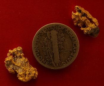 Natural Gold and Quartz Specimen gnmda516