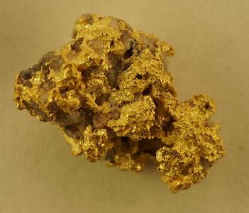 Medium Gold Nugget with Quartz gnm128