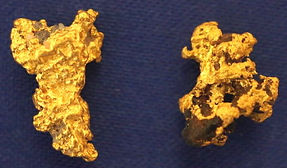 Genuine Gold and Quartz Specimen gnmda511