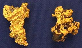 Genuine Gold and Quartz Specimen gnmda511