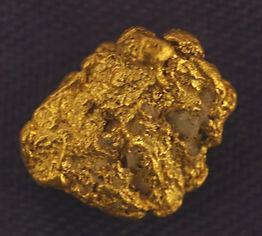 Medium Gold Nugget gnm152