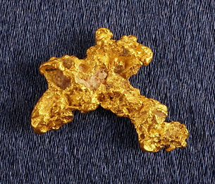 Small Gold Nugget gnm184