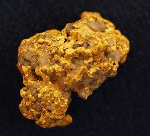 Large Gold and Quartz Specimen gnm110