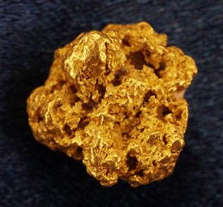Medium Gold Nugget gnm118