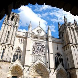 La cathédrale Saint-Pierre Poitiers
