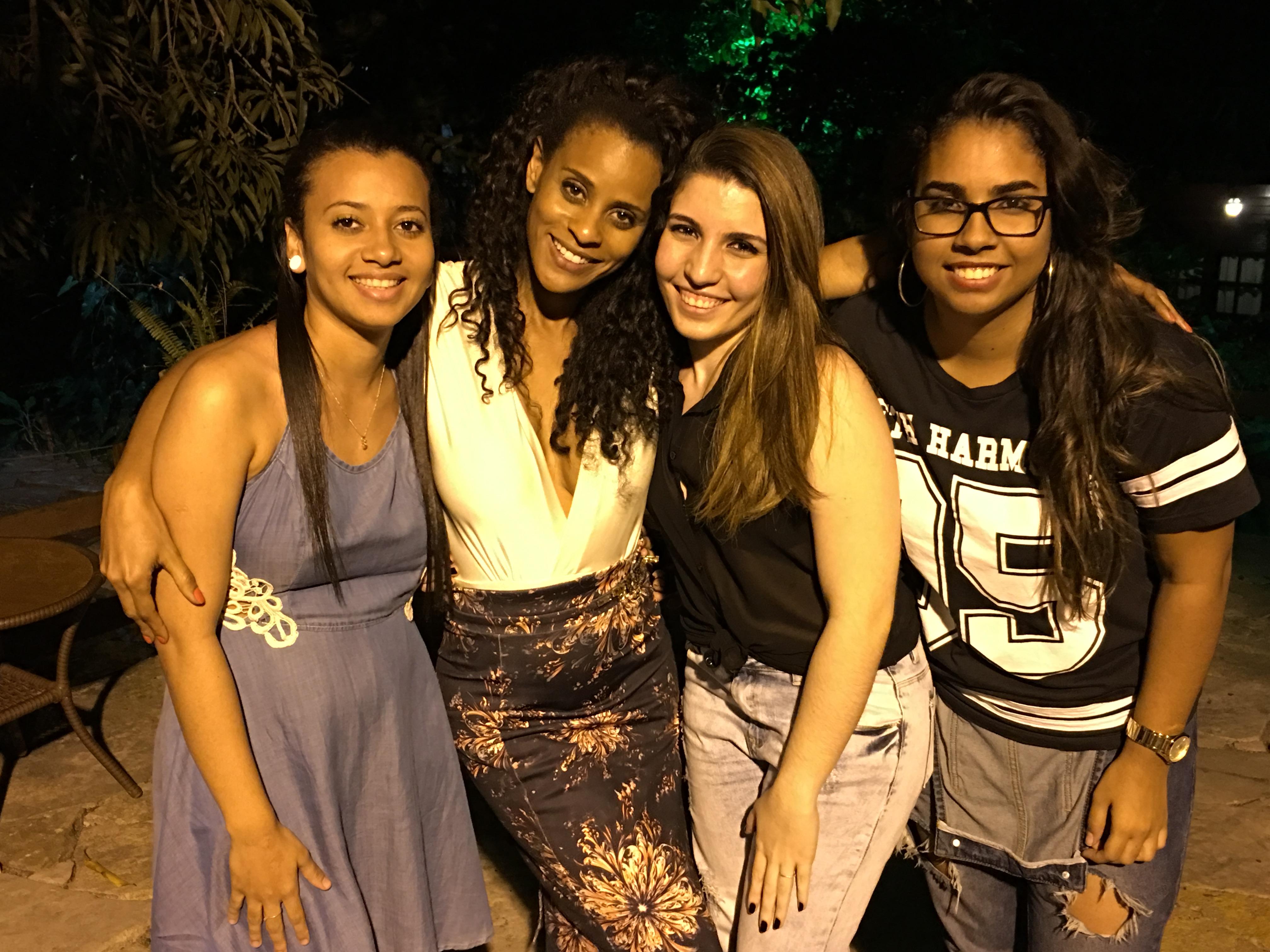 RN_-_Fãs_Cantoras