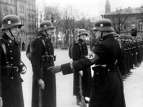 Bundesarchiv_Bild_183-H15390,_Berlin,_Ka