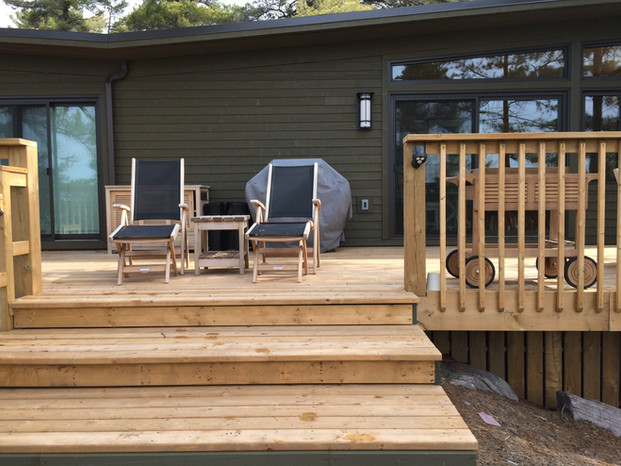 Cottage deck fan stairs