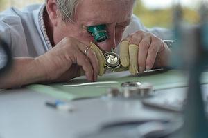 Uhrenreparatur - Juwelier Wienken - Unna - NRW