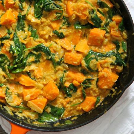 Mángoldos (vagy spenótos) currys krumplistészta