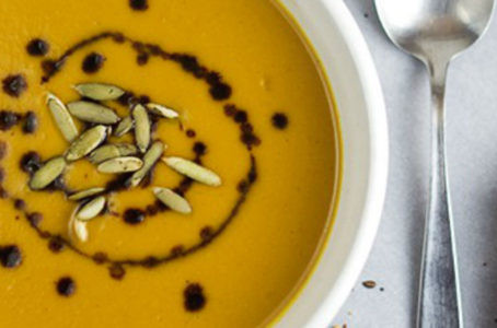 Currys batátakrémleves