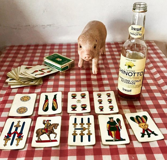 playing scopa