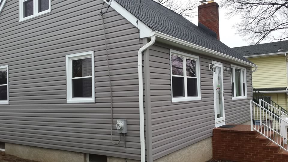 Replacement Siding Door and Windows 2 American Horizon Windows and Doors Baltimore