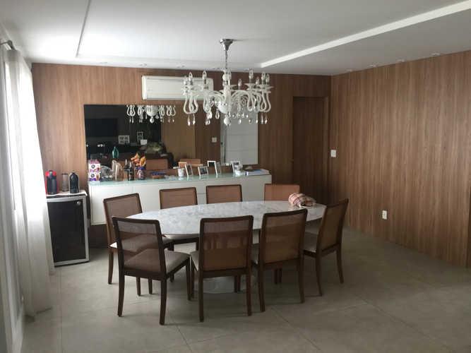 Sala de Jantar Aconchegante