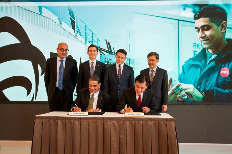 Signing off the new Memorandum of Understanding to reinforce Singapore's global hub status