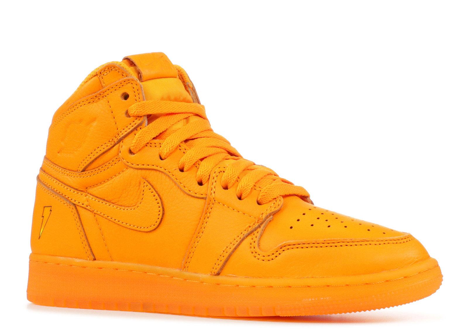 big sale 95335 4c6dd Nike Air Jordan 1 Retro High