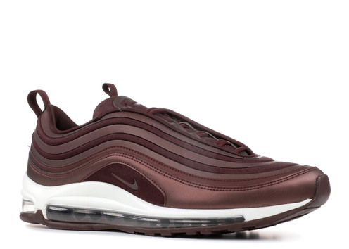 42e5c11e42ab The Air Max 97 provoked a style unlike previous models released within the  line. The runner featured a full-length Max Air that was visible throughout  the ...