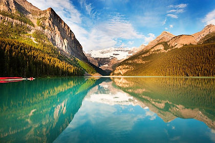 Alberta's Banff National Park and Kananaskis Country are for many travellers the eipcentre of the Canadian Rockies.  And for good reason - spectacular views, great hiking trails, incredible wildlife, wildflowers and soaring, snowcapped mountain peaks - all of these conspire to make this one of the most beautiful regions in Canada.