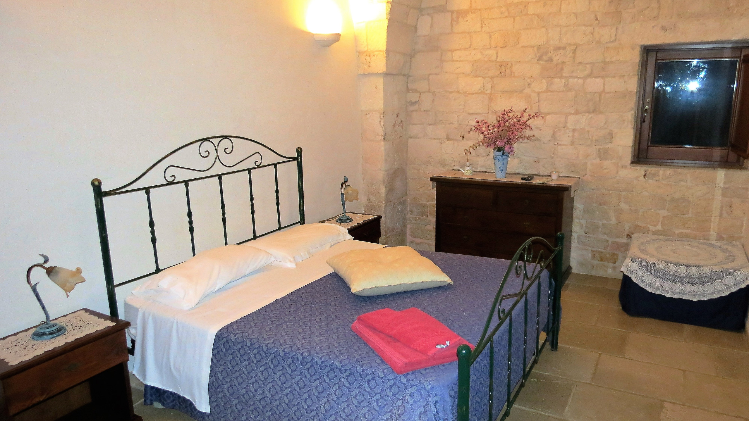 Bedroom, Masseria Massi, Puglia