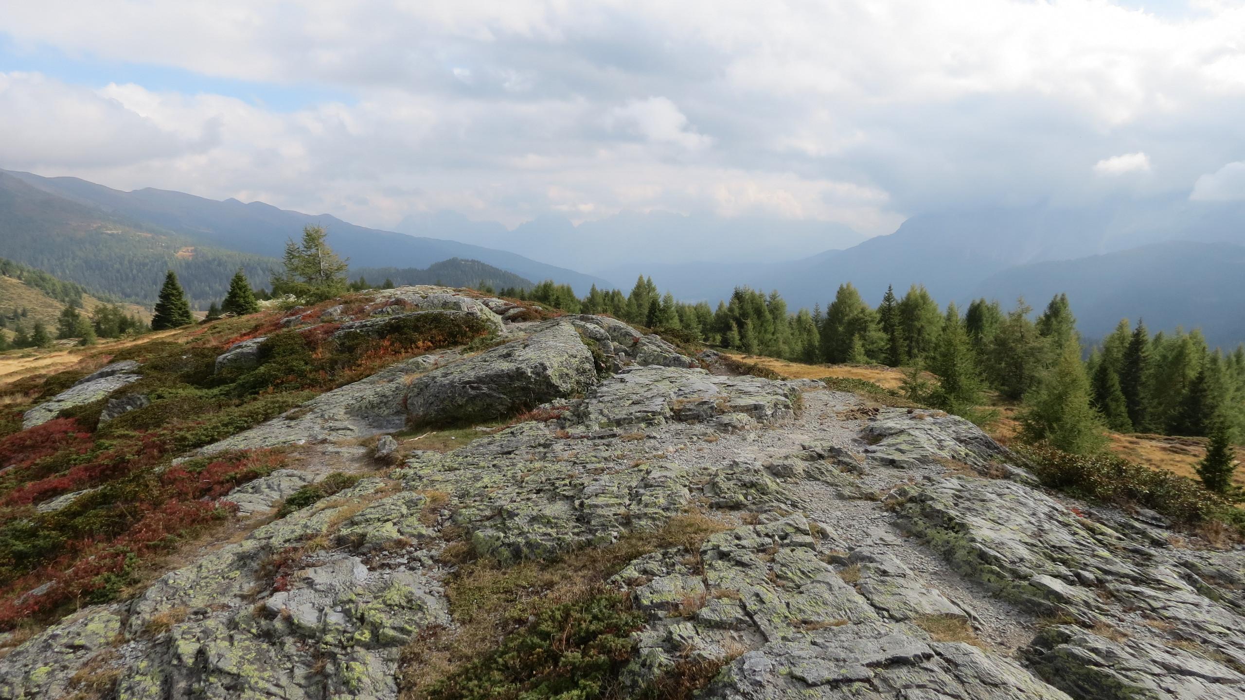 Rocks stretching on