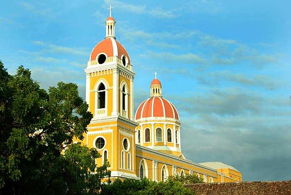 From colonial Granada, this trip has you cycle along the shores of Lake Nicaragua to Ometepe Island.  From there you travel to Costa Rica to explore its volcanoes, hot springs and rainforests, before riding into Panama.  Here more jungle explorations await, along with the stunning Bocas del Toro islands, the famous Panama Canal and two final nights in bustling Panama City.