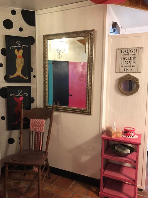 Ladies RR mirror-chair.jpg