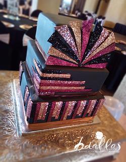 SPARKLE WEDDING CAKE