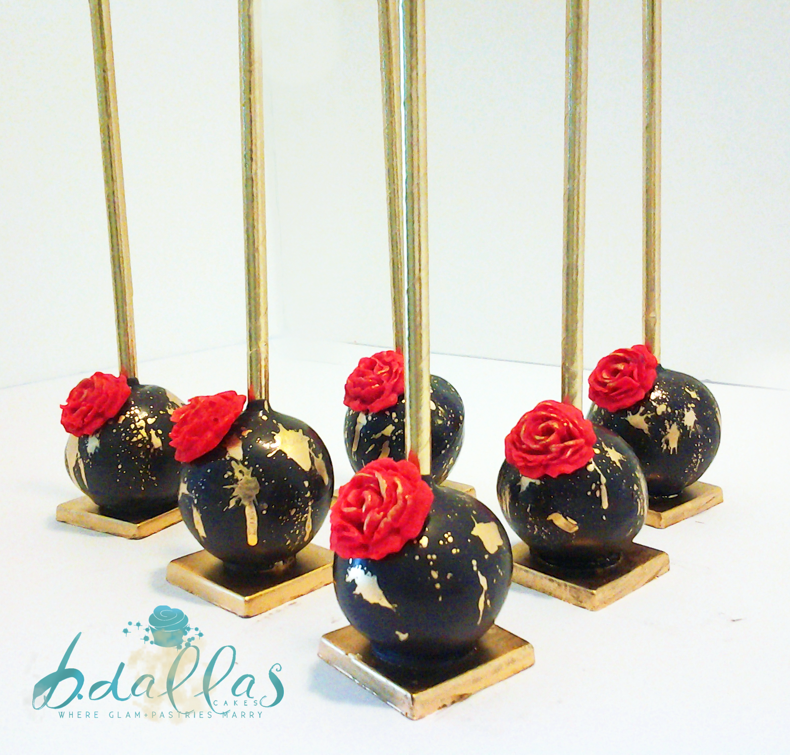 BLACK & GOLD SPLAT CAKE POPS