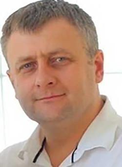 Viktor Bezkorovainyi, Tenor