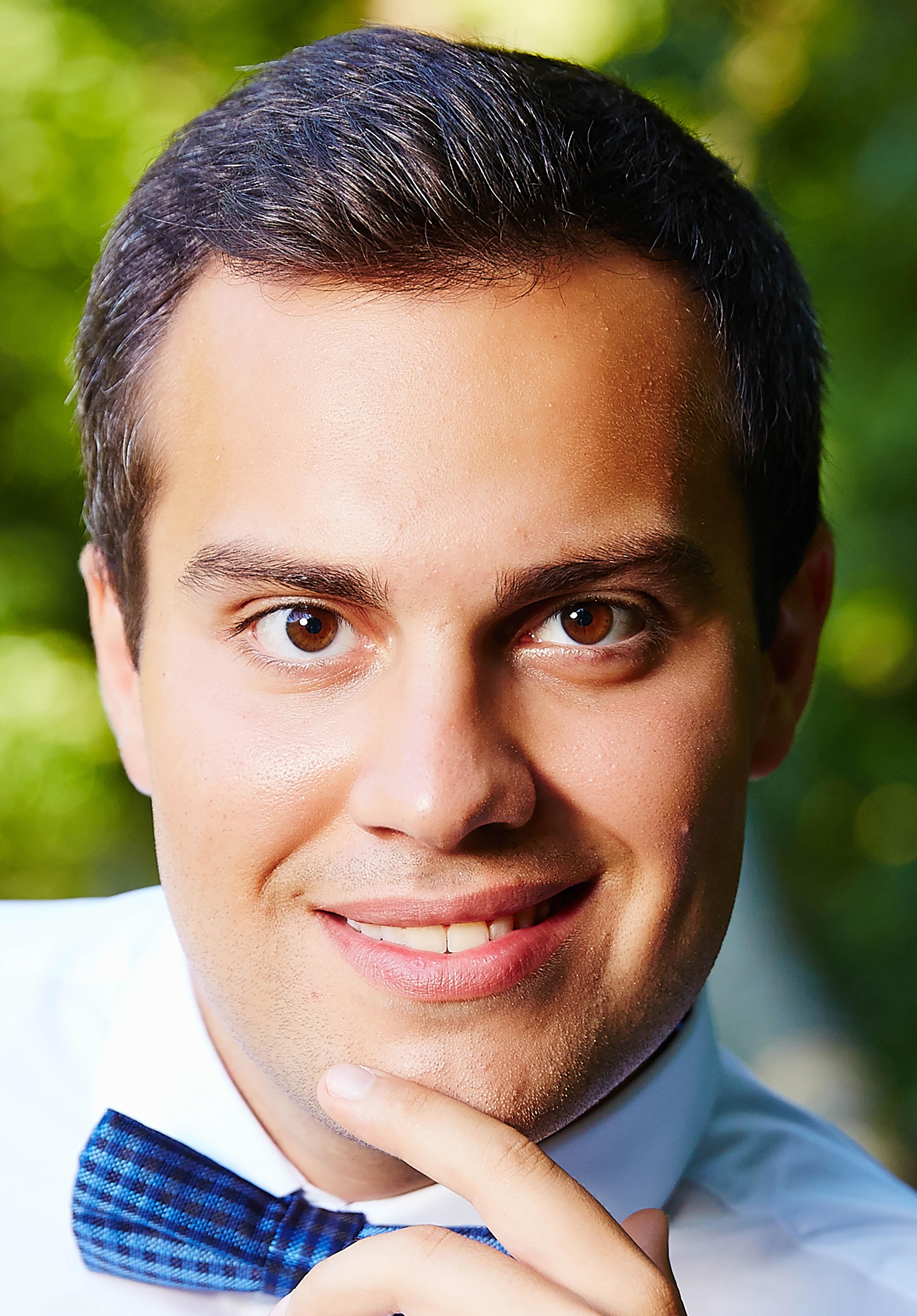 Mark Serdiuk, Tenor