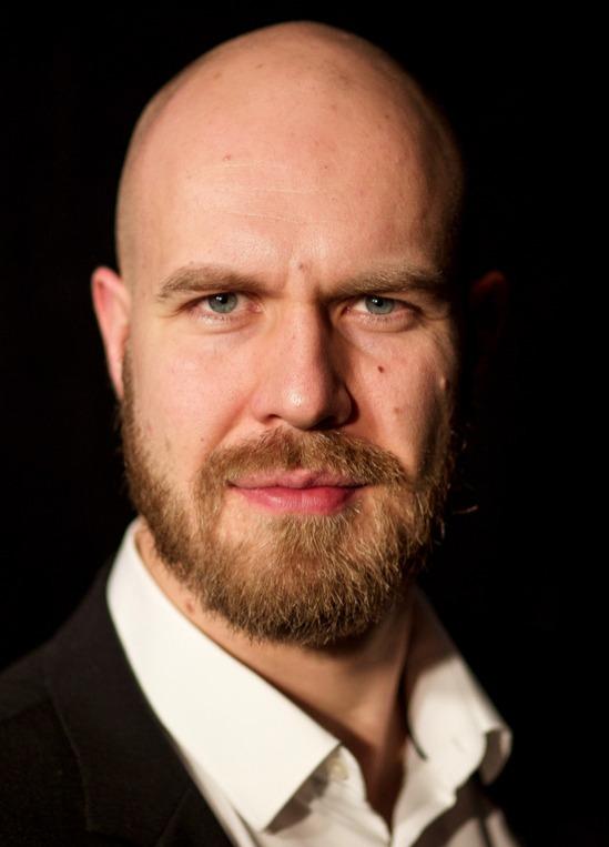 Florian Kontschak, Bass